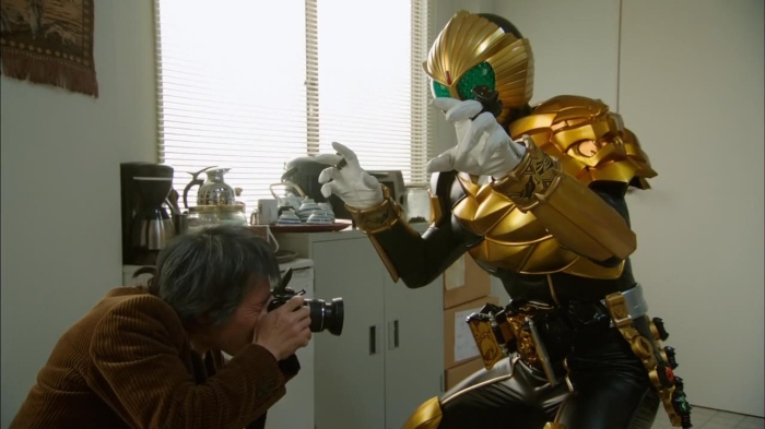 [Over-Time] Kamen Rider Wizard - 28 [90F39629].mkv_snapshot_14.07_[2013.03.26_23.38.33]