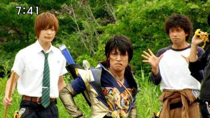 [Over-Time] Voltasaur Team Kyoryuger - 27 [915AA18E].mkv_snapshot_10.19_[2013.09.06_18.04.04]