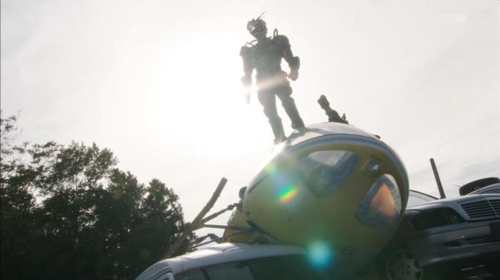 [Over-Time] Kamen Rider Drive - 09 [A16F6BF2].mkv_snapshot_09.46_[2014.12.11_00.07.50]