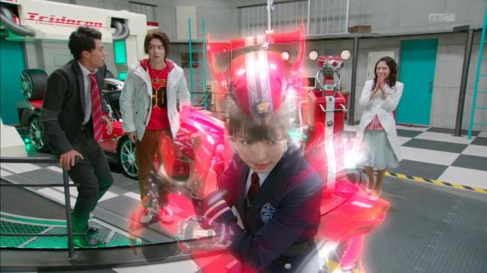 [Over-Time] Kamen Rider Drive - 16 [39C3F096].mkv_snapshot_10.37_[2015.02.04_23.55.33]