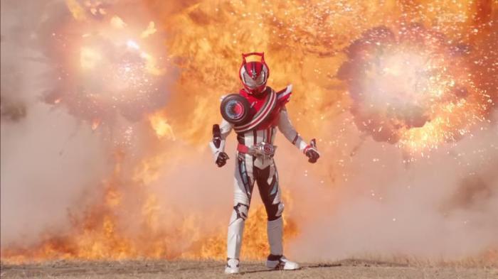 [Over-Time] Kamen Rider Drive - 16 [39C3F096].mkv_snapshot_21.14_[2015.02.04_23.57.33]