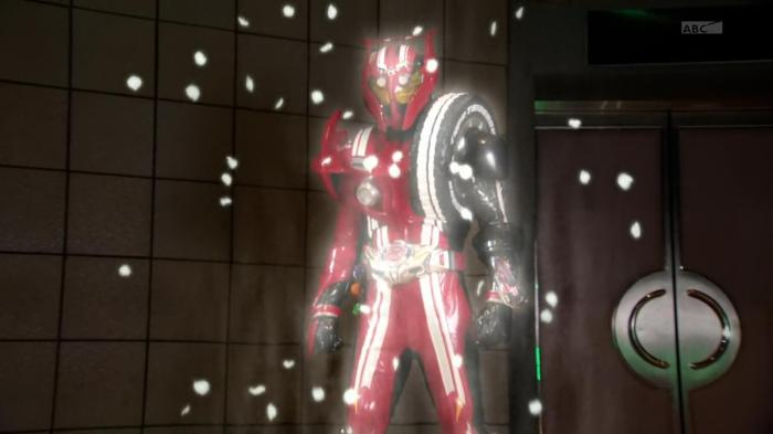 [Over-Time] Kamen Rider Drive - 46 [B417BB71].mkv_snapshot_22.32_[2015.09.18_21.44.46]