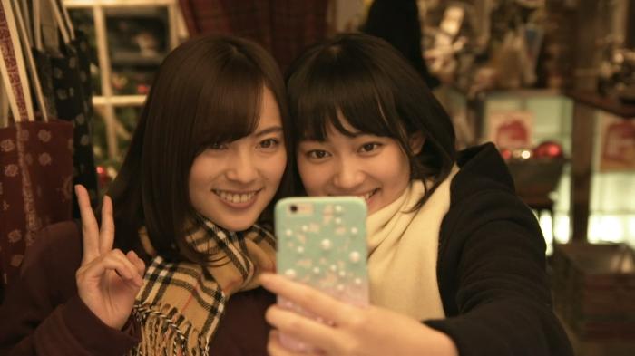 Sarii Ikegami (Ebato) and Miyu Yoshimoto (Hanabi) in the Scum's Wish drama.